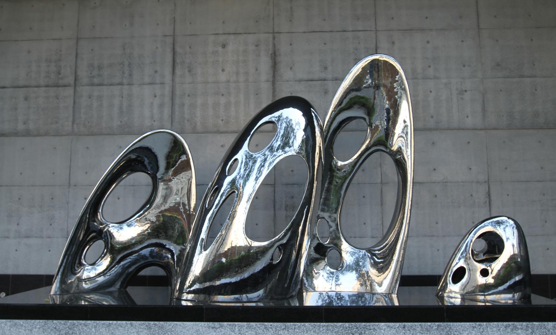 不鏽鋼, 2012